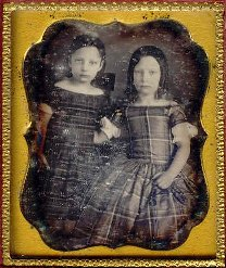 daguerreotype of two girls